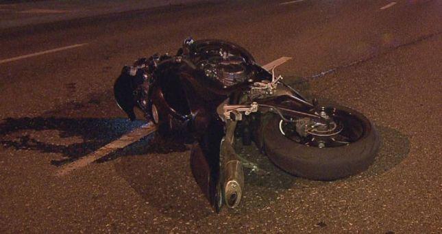 Aksident në Prishtinë, motoçiklisti përplasët me një veturë