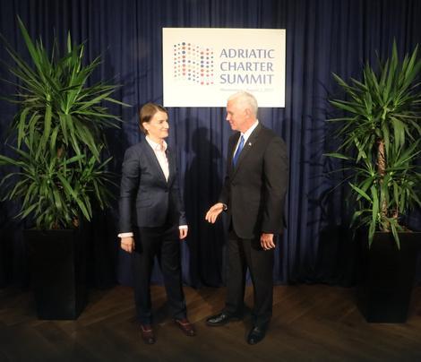 Brnabic në takim me Pence thekson nevojën e krijimit të Asociacionit