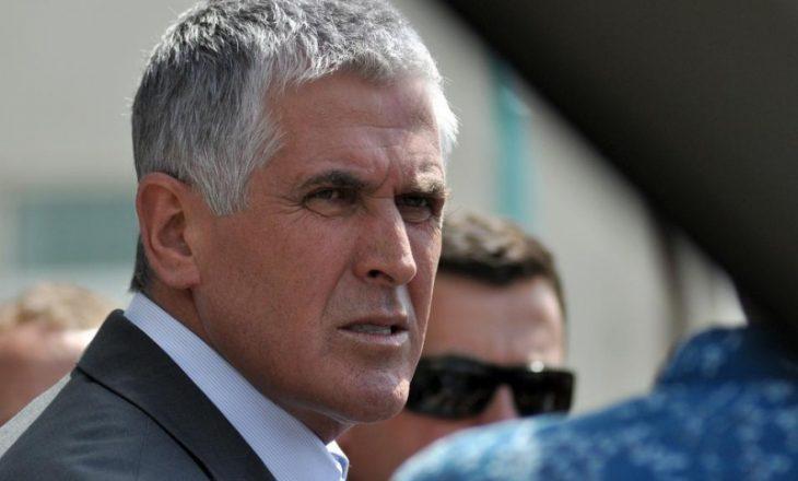 Ambasada e Kosovës në Tiranë hap librin e zisë për Bajram Rexhepin