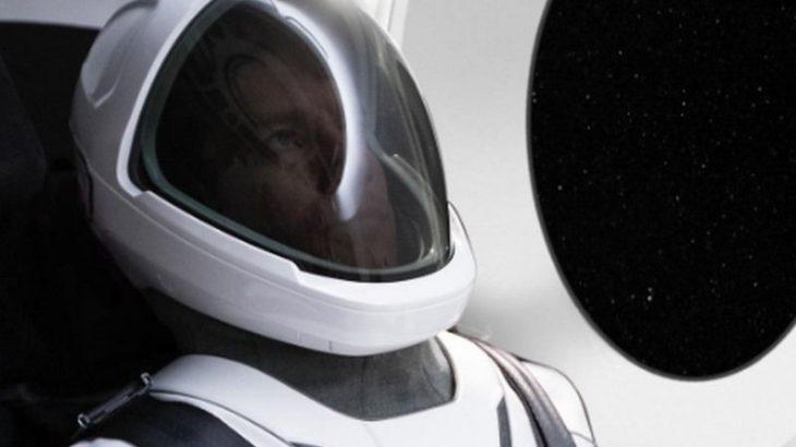 Elon Musk prezantoi kostumin hapësinor të SpaceX