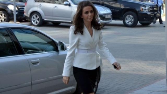Teuta Rugova largohet nga salla së bashku me deputetët e PAN-it