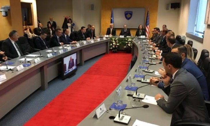 Nis mbledhja e Qeverisë në nderim të kongresistit Engel