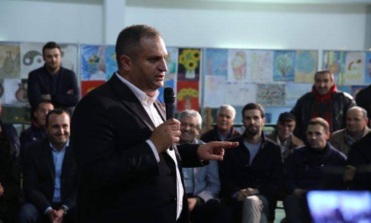 Zotimet e Shpend Ahmetit për lagjen Mati