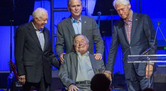 Bushi i vjetër ka votuar për Hillary Clintonin