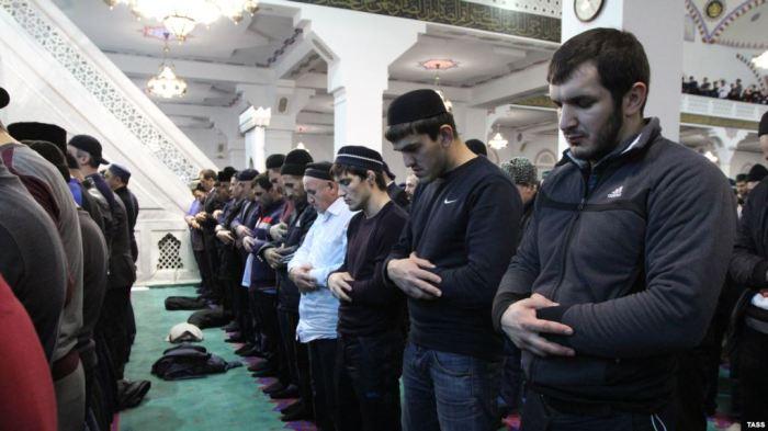 """Lista ruse e """"ekstremistëve"""" dhe tortura e myslimanëve"""