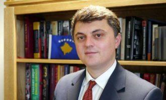 Ambasadori i Kosovës: Mëkati jonë është se jemi konvertuar në Islam