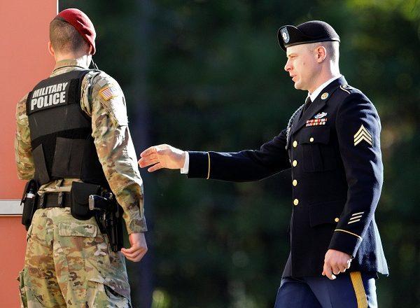 """Ushtari amerikan ka dhënë informacione """"të arta"""" për talibanët"""