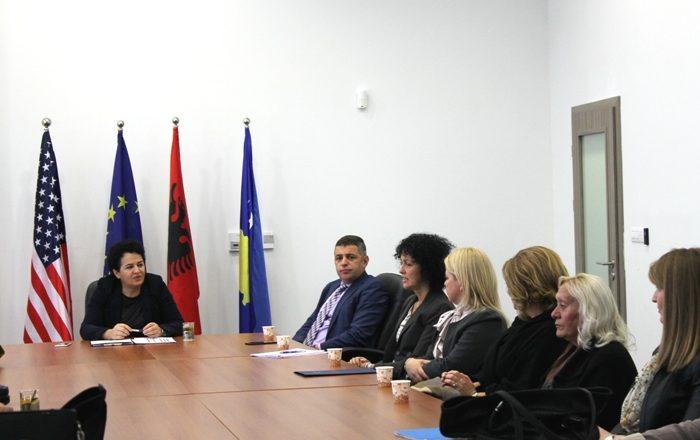 Dekretimi i gjyqtarëve dhe prokurorëve serbë pritet ta rrisë efikasitetin