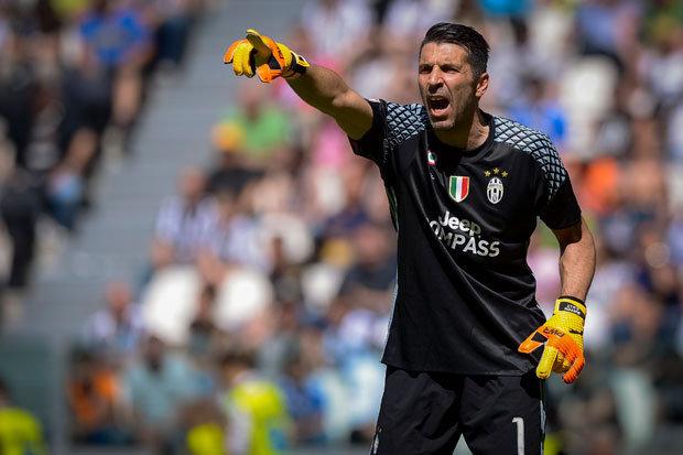 Italia rrezikon Botërorin, Buffon kundër Venturas