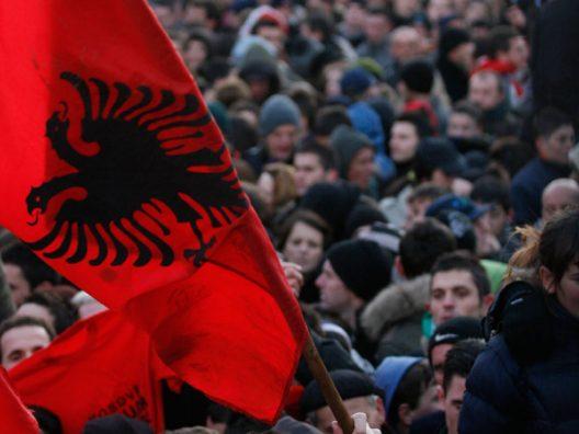 Nga 1 janari do të regjistrohen të gjithë shqiptarët në diasporë
