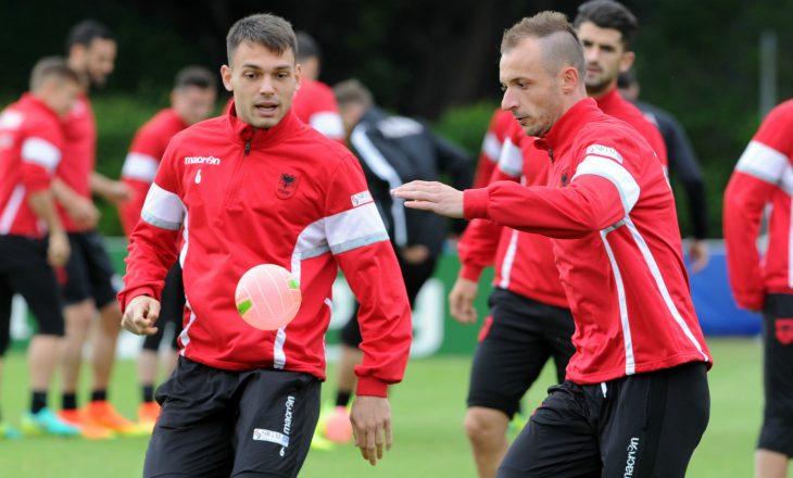 """Panucci """"dërrmon"""" lojtarët, Kombëtarja shqiptare mban dy seanca stërvitore në ditë"""