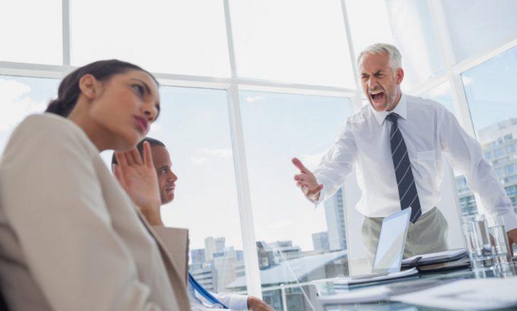 """Tipet e shefave që """"frikësojnë"""" punonjësit e tyre"""