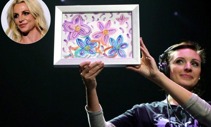 Britney Spears edhe piktore – vepra e parë e saj shitet me çmim marramendës