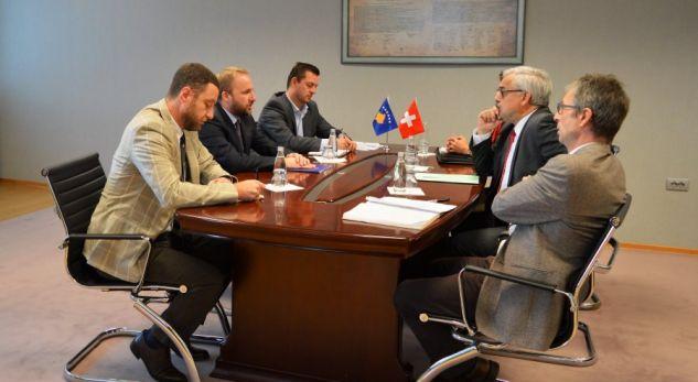Zvicra vazhdon të mbështesë Kosovën në sundimin e ligjit
