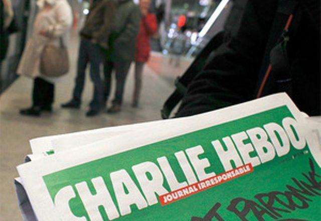 Charlie Hebdo merr sërish kërcënime me vdekje pasi ironizoi me një teolog islamik