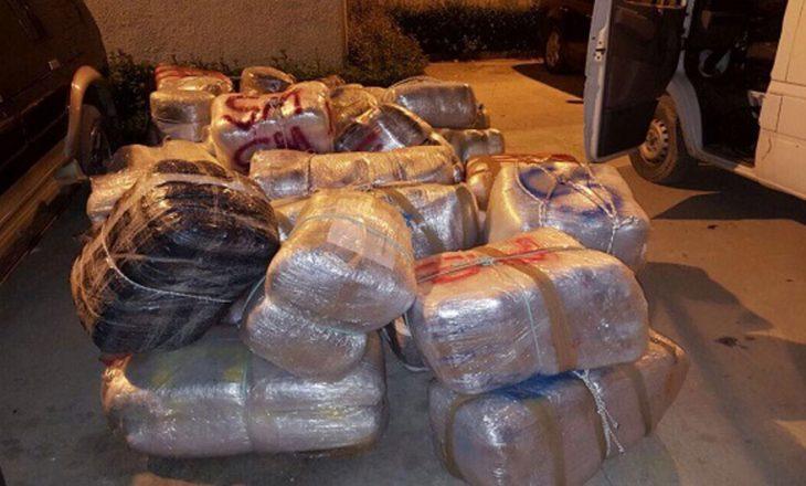 Në Velipojë sekuestrohet 1 ton kanabis arrestohet një oficer policie