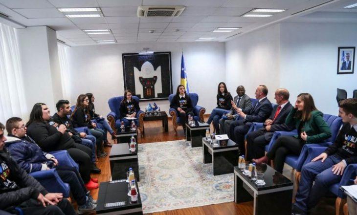 Haradinaj: Kemi zero tolerancë për dhunën ndaj fëmijëve