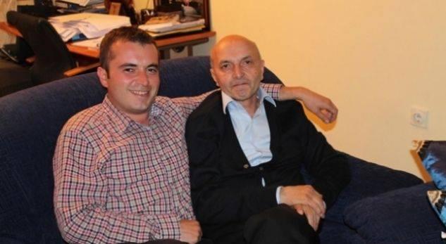 """Mustafa viktimizohet me """"dy lajme të montuara"""" kundër tij, harron licencën e tenderët për djemtë e tij"""