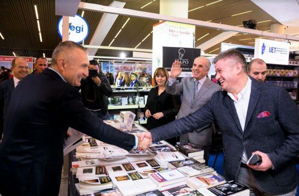 Meta premton heqjen e barrierave për librin në raportin Shqipëri-Kosovë