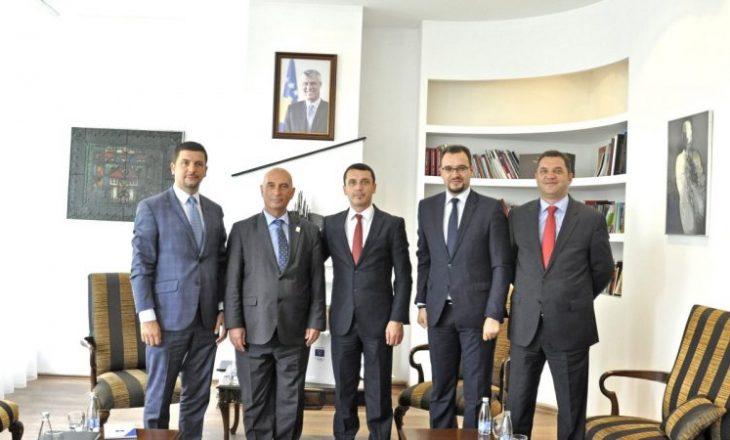 Ministri mbështet Komitetin Olimpik nga komunat kërkon rritje buxheti për sport