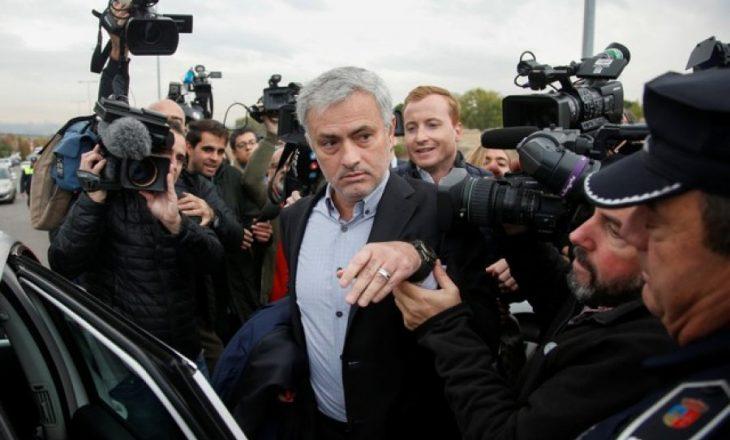 Mourinho dënohet me 3.3 milionë euro gjobë