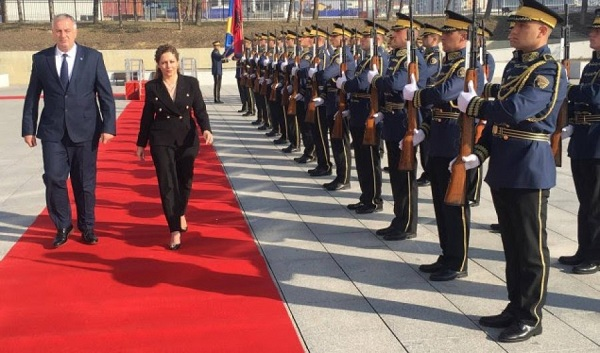 Xhaçka: Shqipëria do mbështesë integrimin e Kosovës në NATO