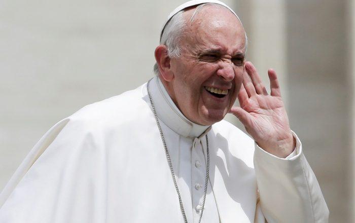 Rrëfimi i pazakontë i Papës: Ja çka më ndodh kur lutem