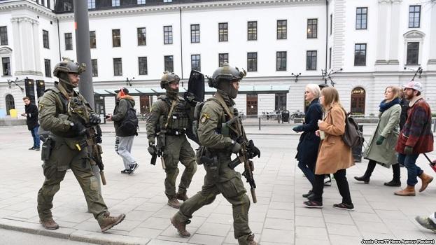 I zgjatet paraburgimi të dyshuarit për sulm me kamion në Stokholm