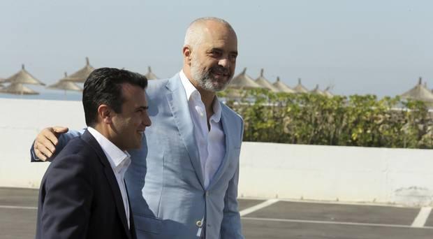 Zaev i uron fitoren Ramës në gjuhën shqipe