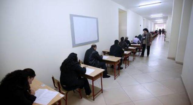 Shqipëria bën testimin e punoëtorëve të administratës publike