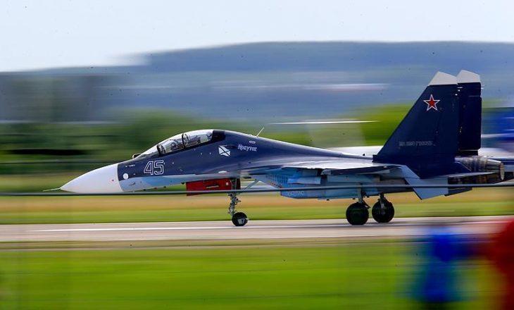 Incident ajror mbi Detin e Zi, avioni rus has avionin amerikan të zbulimit