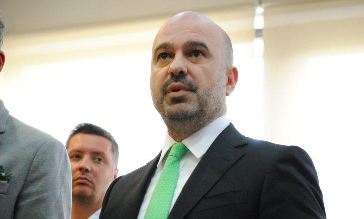 Inspektorati i Policisë ka nisur hetimet ndaj dy policëve që u përleshën me Mustafën