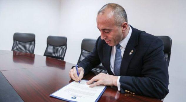 Haradinajt i kërkohet të heqë dorë nga vendimi për rritjn e pagave