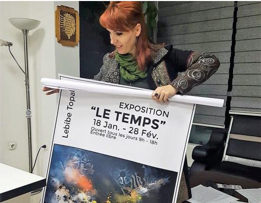 """Artistja kosovare sjell ekspozitën """"Koha"""" në galerinë """"Qyteti i kohës"""""""