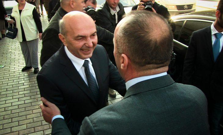 Mustafa: Haradinaj bën propagandë, unë punoja deri në orën 2 të natës