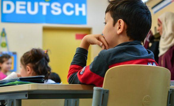 Prindërit e huaj lirohen nga pagesa për mësimin plotësues të gjermanishtes