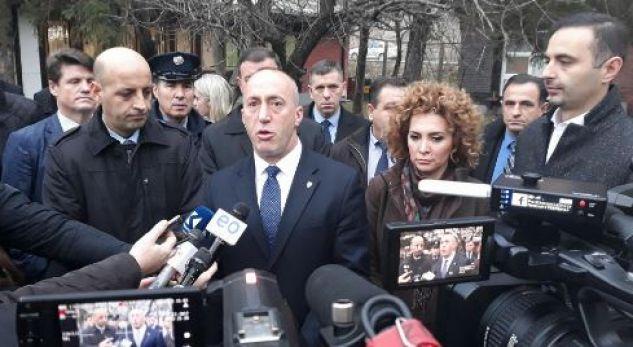 """Haradinaj akuzon """"sekserët e KEK-ut"""" për krizën energjetike"""