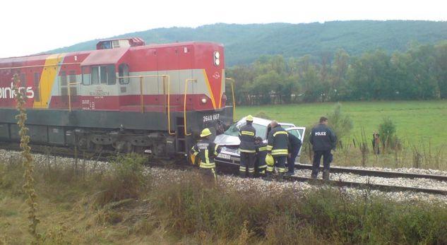 Aksident në Drenas, treni godet veturën