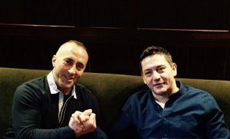 Biznesmeni i afërt me AAK-në përfiton tender nga zyra e kryeministrit Haradinaj