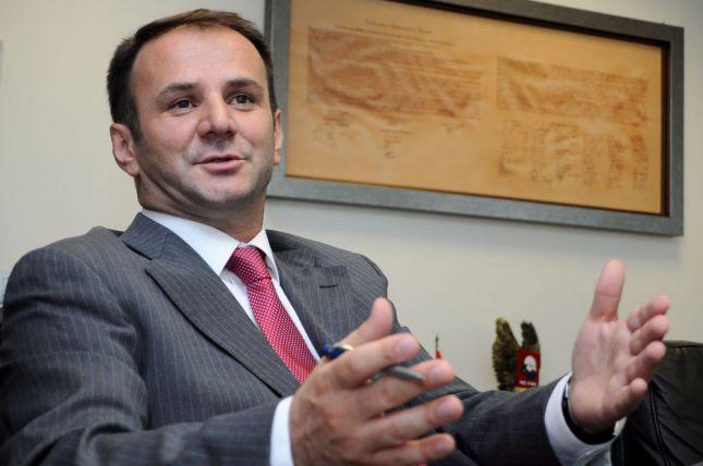 Kuci: Kurti ta pranojë rolin e Thaçit në Historinë e Kosovës