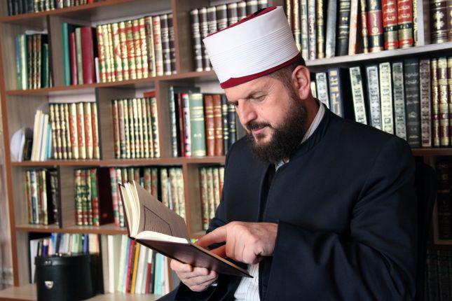 Peticion që Shefqet Krasniqi të rikthehet në Xhaminë e madhe të Prishtinës
