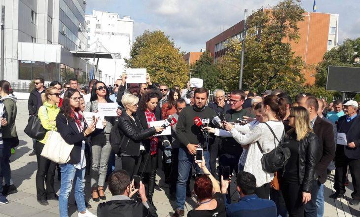 Sfida kryesore e gazetarëve kosovarë: Raportimi nën kërcënimin e dajakut