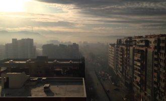 """As 48 orë – Komuna thotë se u """"ndreq ajri"""", lejon veturat në qendër"""