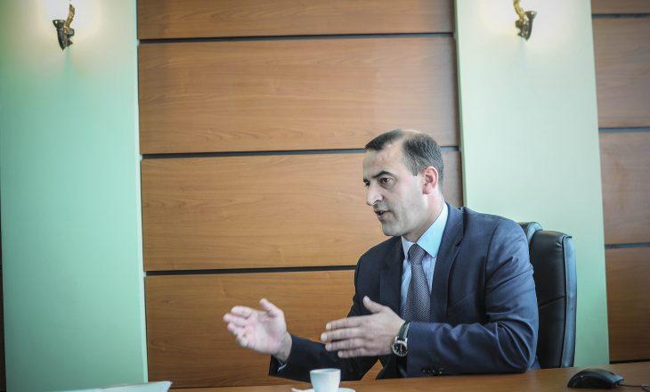 """Haradinaj tregon si do të duken """"kokat e krimit"""" kudo që janë"""