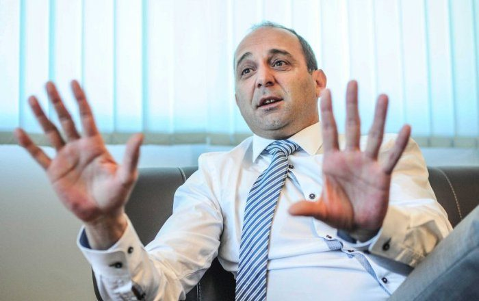 Premtimi i ministrit Dardan Gashi për diasporën ende mbetet në letër