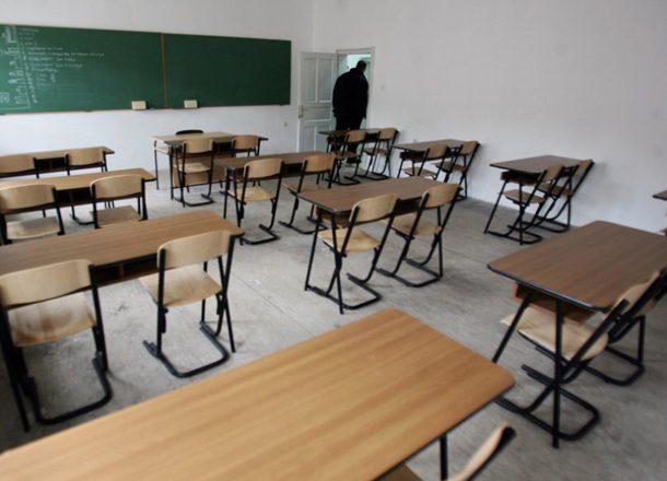 Shkon në shkollë me shenja dhune në fytyrë, intervistohet babai i nxënëses nga Prishtina