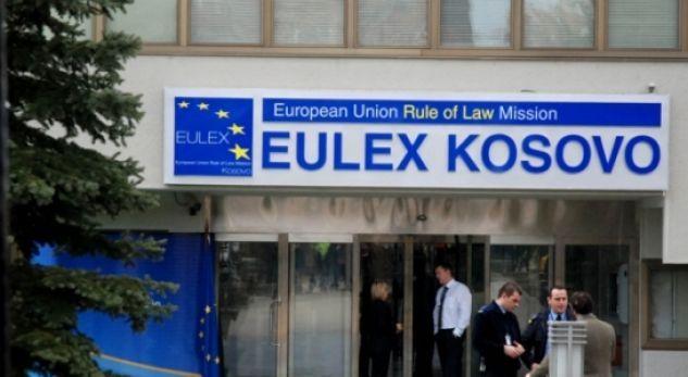 Thaçi, më në fund, pajtohet për zgjatje njëvjeçare të mandatit të EULEX-it