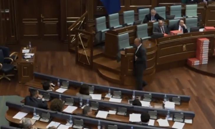 Në mungesë të kryeministrit shtyhet debati për gjetjet e komisionit për Demarkacion