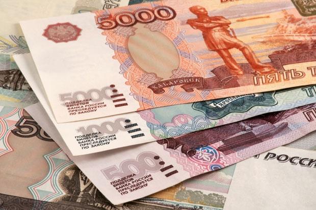 Pas raundit të ri të sanksioneve amerikane, rubla ruse merr tatëpjetën