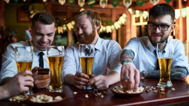 Konstatimi i rrezikshëm për jetën e njeriut nëse pini 15 pije alkoolike në javë
